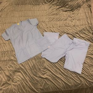 NEW FASHION SEAL HEALTHCARE SKY BLUE SM SCRUB SET